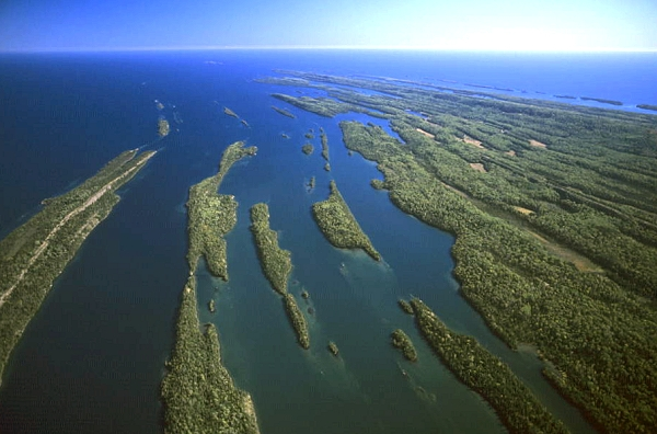 Comstock Park (MI) United States  city pictures gallery : ... Channel, Keweenaw County, Michigan Upper Peninsula, MI United States