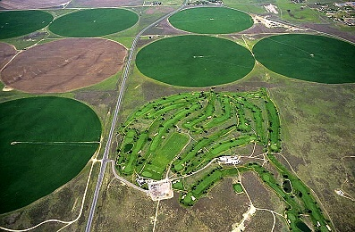 Airphoto , Aerial Picture of Prarie Golf, Finney County