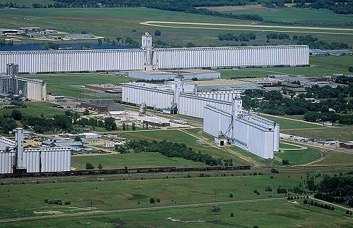 Hutchinson (KS) United States  City new picture : Aerial photo of Grain Elevators, Reno County, Kansas, KS United States