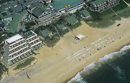 airphoto aerial picture of the hamptons beach club southampton long island new york 16940. Black Bedroom Furniture Sets. Home Design Ideas